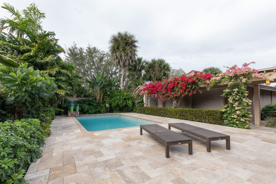 Real Estate Photography - 364 Edgemere Way North, Naples, FL, 34105 - Pool