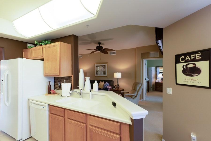 Real Estate Photography - 11610 Navarro Way, #2302, Fort Myers, FL, 33908 - Kitchen