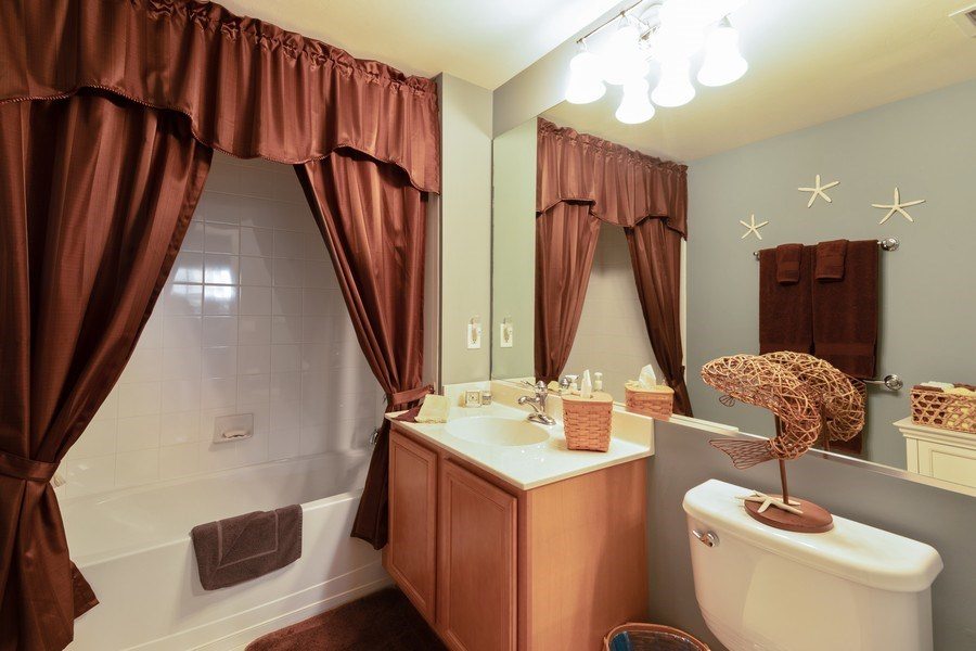 Real Estate Photography - 11610 Navarro Way, #2302, Fort Myers, FL, 33908 - Bathroom