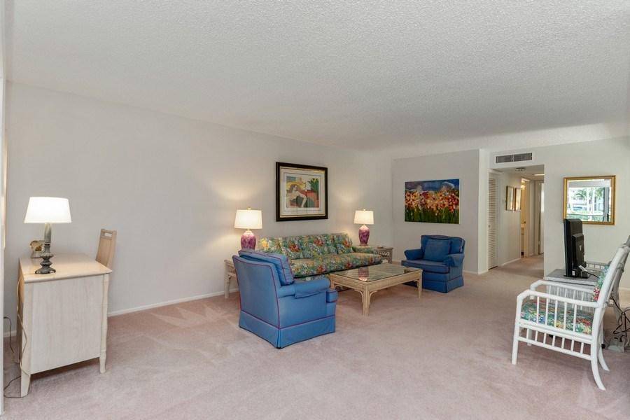 Real Estate Photography - 1910 Gulf Shore Blvd N, 106, Naples, FL, 34102 - Living Room