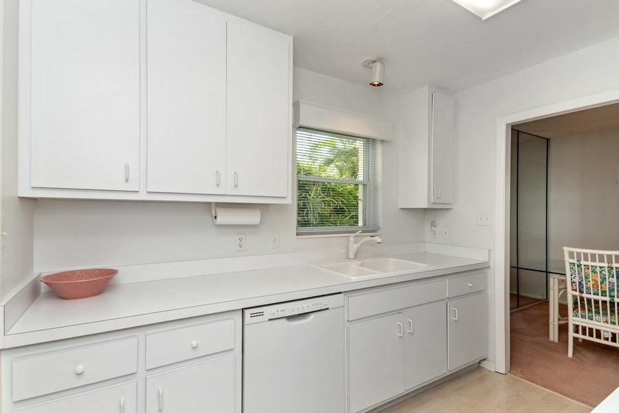 Real Estate Photography - 1910 Gulf Shore Blvd N, 106, Naples, FL, 34102 - Kitchen