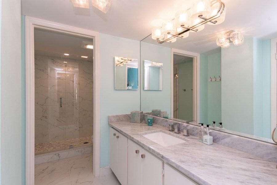Real Estate Photography - 1900 Gulf Shore Blvd N, 104, Naples, FL, 34102 - Bathroom