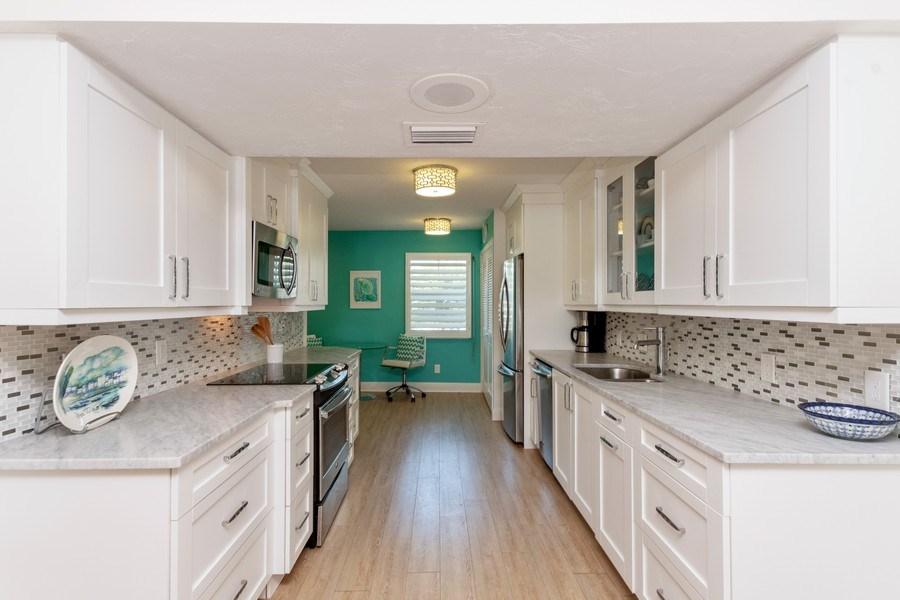 Real Estate Photography - 1900 Gulf Shore Blvd N, 104, Naples, FL, 34102 - Kitchen