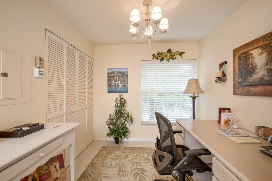 Real Estate Photography - 4250 Lake Forest Dr, 323, Bonita Springs, FL, 34134 - Office