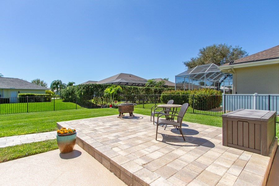 Real Estate Photography - 2118 Imperial Cir, Naples, FL, 34110 - Back Yard