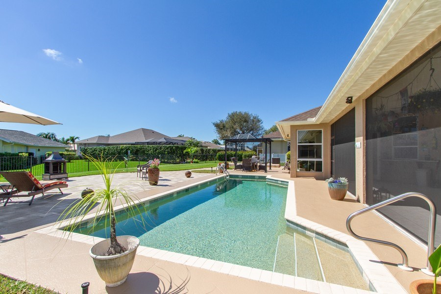Real Estate Photography - 2118 Imperial Cir, Naples, FL, 34110 - Pool