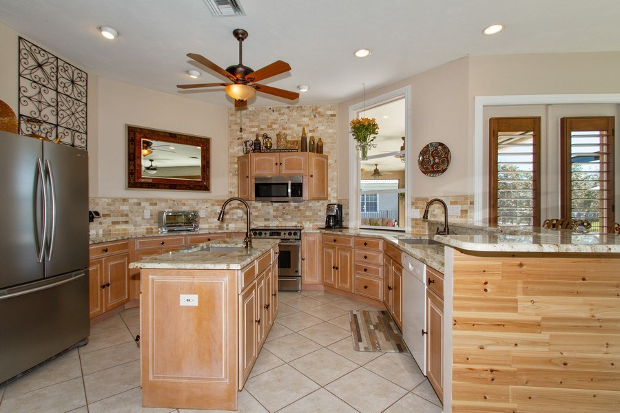 Real Estate Photography - 2118 Imperial Cir, Naples, FL, 34110 - Kitchen