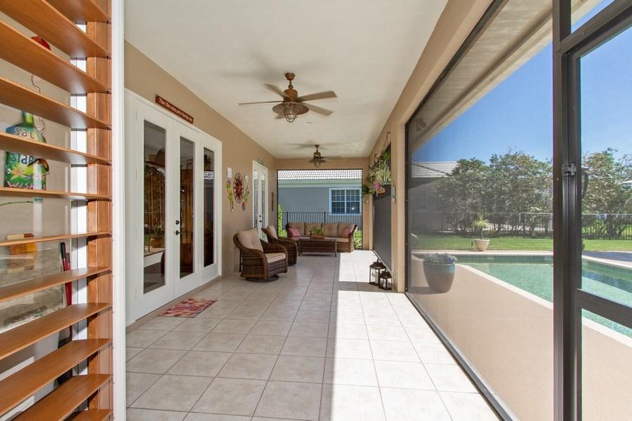 Real Estate Photography - 2118 Imperial Cir, Naples, FL, 34110 - Lanai