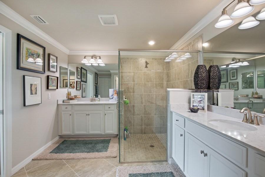 Real Estate Photography - 17271 Cherrywood Ct, #8701, Bonita Springs, FL, 34135 - Master Bathroom