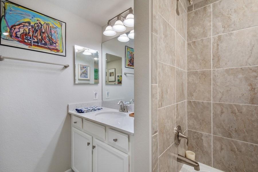 Real Estate Photography - 17271 Cherrywood Ct, #8701, Bonita Springs, FL, 34135 - 2nd Bathroom