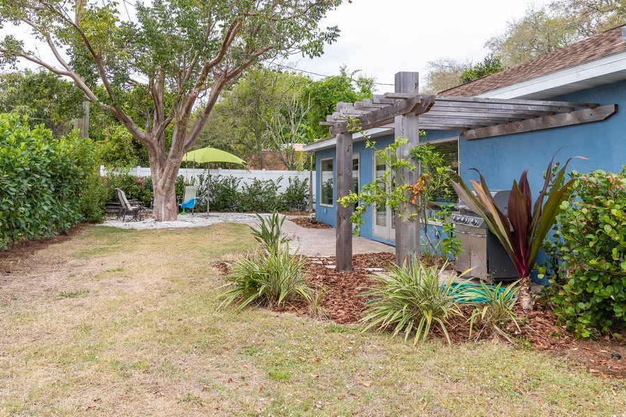 Real Estate Photography - 1466 Winkler Avenue, Fort Myers, FL, 33901 - Back Yard