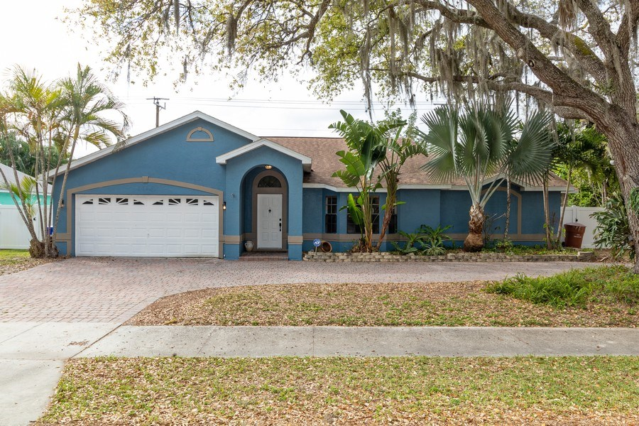 Real Estate Photography - 1466 Winkler Avenue, Fort Myers, FL, 33901 - Front View