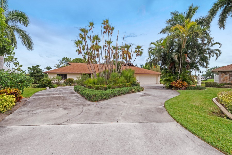Real Estate Photography - 1947 Princess CT, Naples, FL, 34110 - Front View