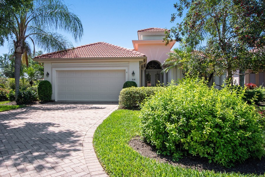 Real Estate Photography - 918 Tierra Lago Way, Naples, FL, 34119 - Front View