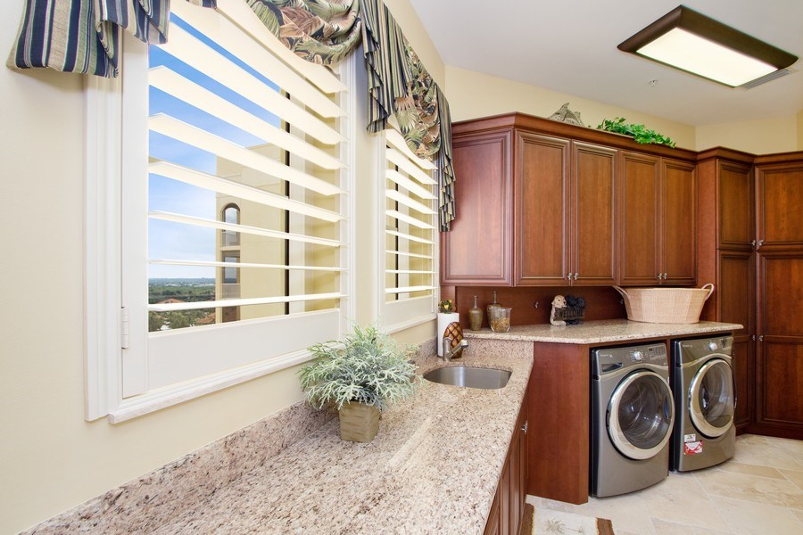 Real Estate Photography - 14270 Royal Harbour, 1020, Fort Myers, FL, 33908 - Laundry Room