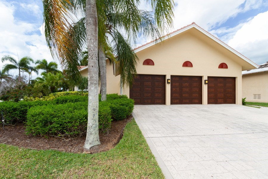 Real Estate Photography - 1770 Barbados Avenue, Marco Island, FL, 34145 - Garage