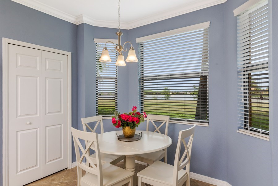 Real Estate Photography - 17941 BONITA NATIONAL BLVD 316, BONITA SPRINGS,, FL, 34135 - Breakfast Area