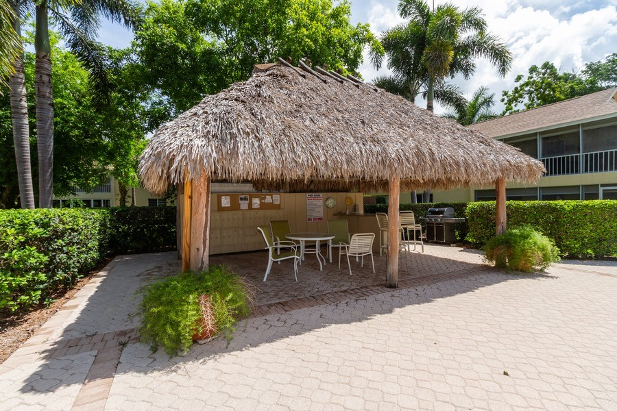 Real Estate Photography - 3200 Binnacle Drive F-2, Naples, FL, 34103 - Barbeque / Picnic Area