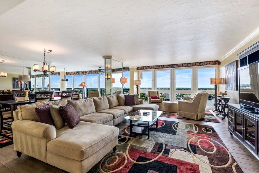 Real Estate Photography - 4031 Gulf Shore Blvd, N PH2D, Naples, FL, 34103 - Living Room