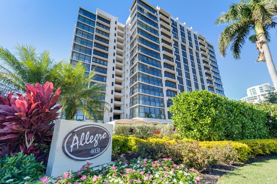 Real Estate Photography - 4031 Gulf Shore Blvd, N PH2D, Naples, FL, 34103 - Allegro Building