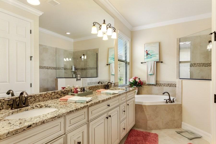 Real Estate Photography - 28537 Westmeath ct, Bonita Springs, FL, 34235 - Master Bathroom