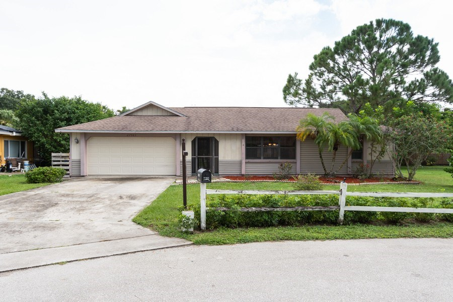 Real Estate Photography - 27983 Temple Terr Dr, Bonita Springs, FL, 34135 - Front View