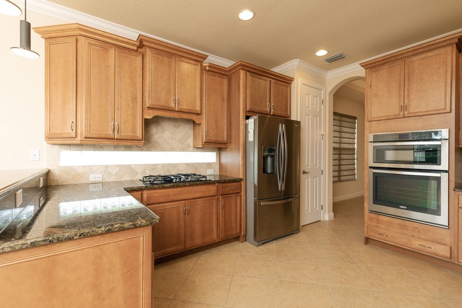 Real Estate Photography - 23472 SANABRIA LOOP, BONITA SPRINGS, FL, 34135 - Kitchen
