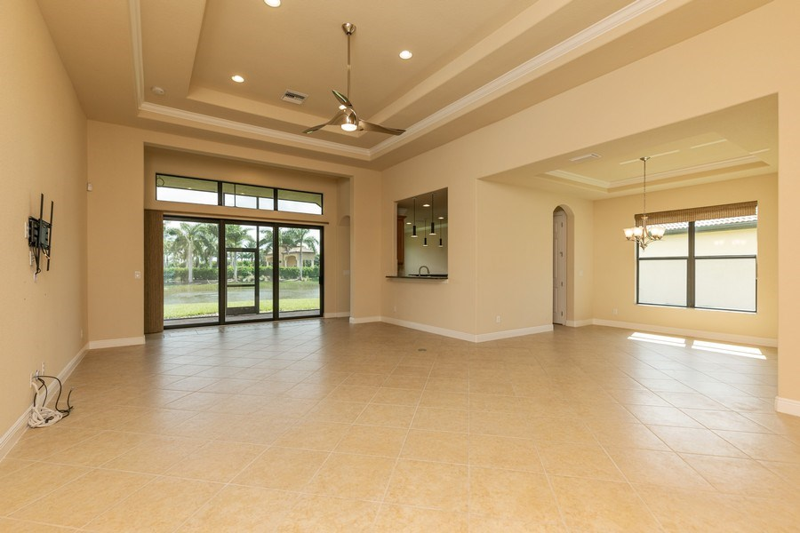 Real Estate Photography - 23472 SANABRIA LOOP, BONITA SPRINGS, FL, 34135 - Great room