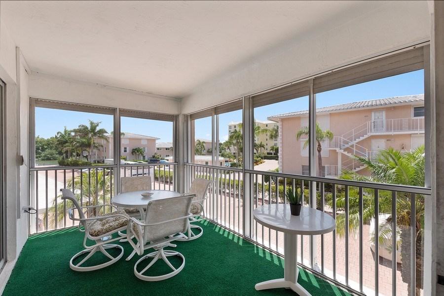 Real Estate Photography - 1930 Gulf Shore Blvd N, B201, Naples, FL, 34102 - Patio