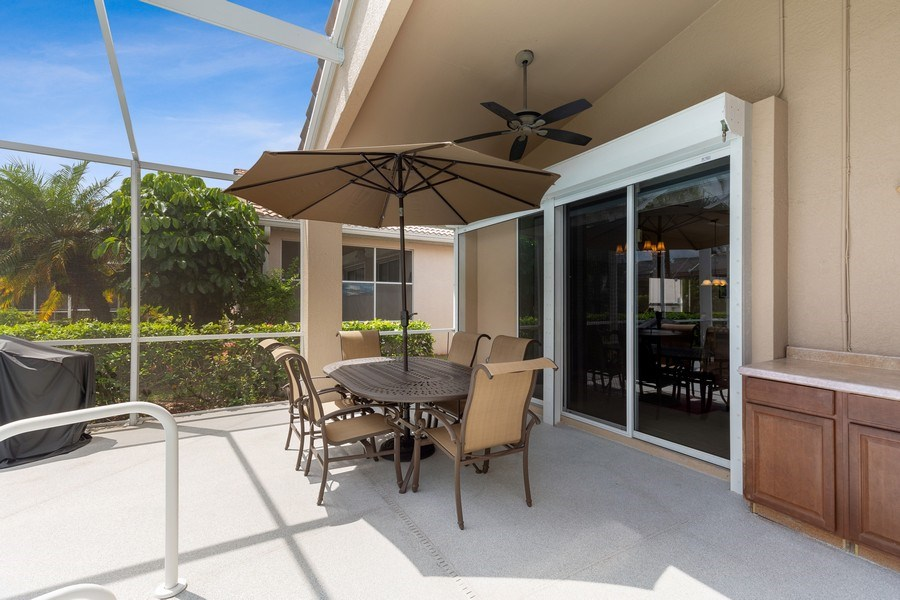 Real Estate Photography - 216 Glen Eagle Circle, Naples, FL, 34104 - Lanai