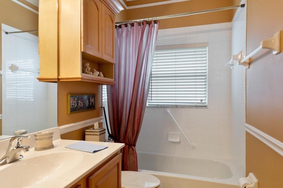 Real Estate Photography - 216 Glen Eagle Circle, Naples, FL, 34104 - 2nd Bathroom