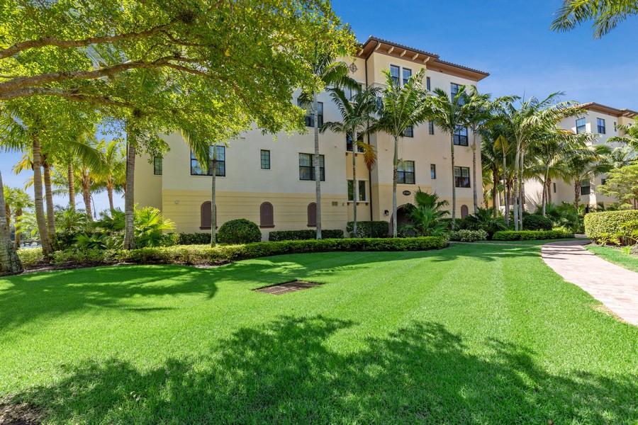 Real Estate Photography - 2768 Tiburon Blvd E, #302, Naples, FL, 34109 - Front View