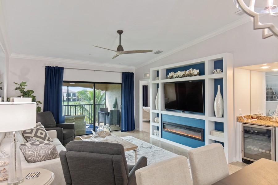 Real Estate Photography - 28022 BRIDGETOWN CT #4825, BONITA SPRINGS, FL, 34135 - Living Room