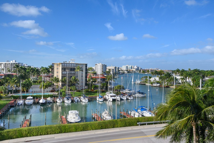Real Estate Photography - 2150 Gulf Shore Blvd N, 601, Naples, FL, 34102 - View