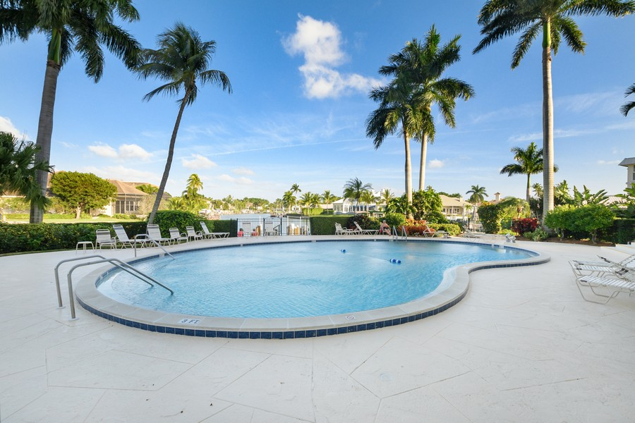 Real Estate Photography - 2150 Gulf Shore Blvd N, 601, Naples, FL, 34102 - Pool