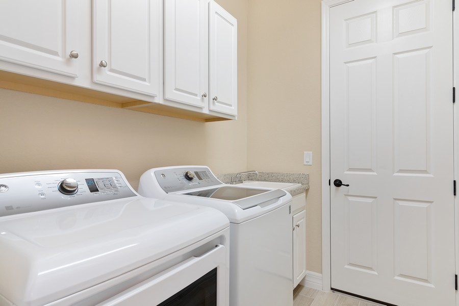 Real Estate Photography - 17420 Galway Run, Bonita Springs, FL, 34135 - Laundry Room