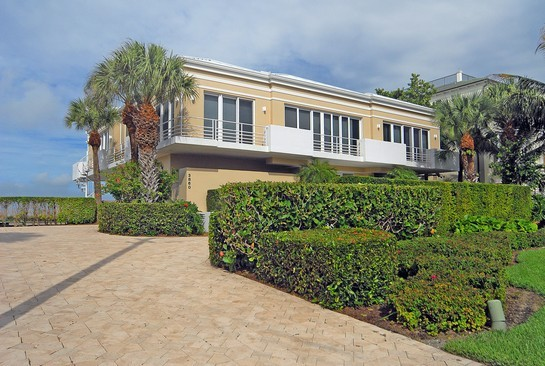 Real Estate Photography - 3860 Gordon Dr, Naples, FL, 34102 - Front View