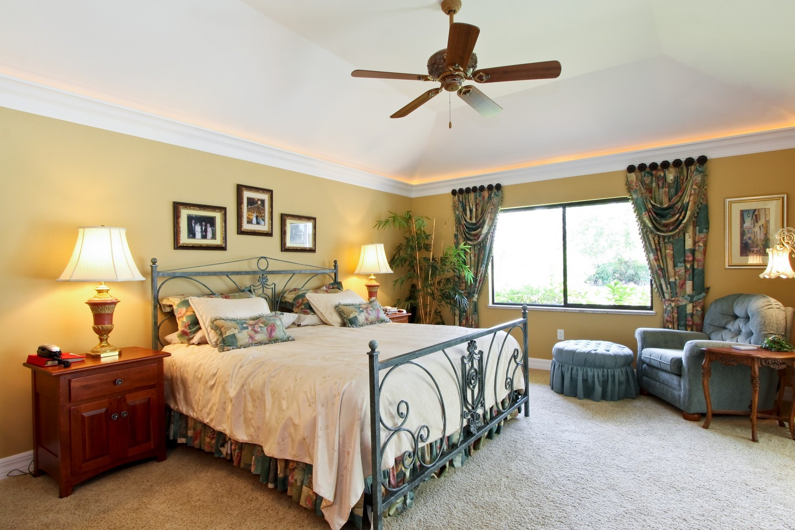 Real Estate Photography - 1986 Imperial GC Blvd, Naples, FL, 34110 - Master Bedroom
