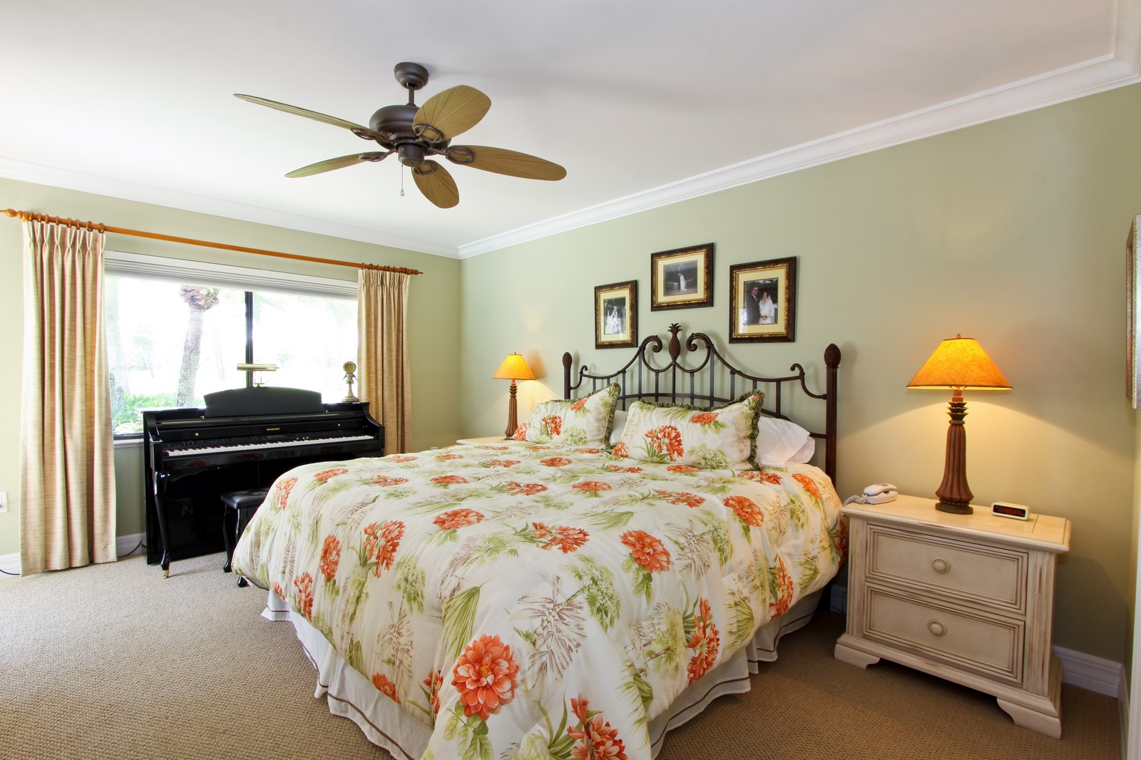 Real Estate Photography - 1986 Imperial GC Blvd, Naples, FL, 34110 - Guest Bedroom