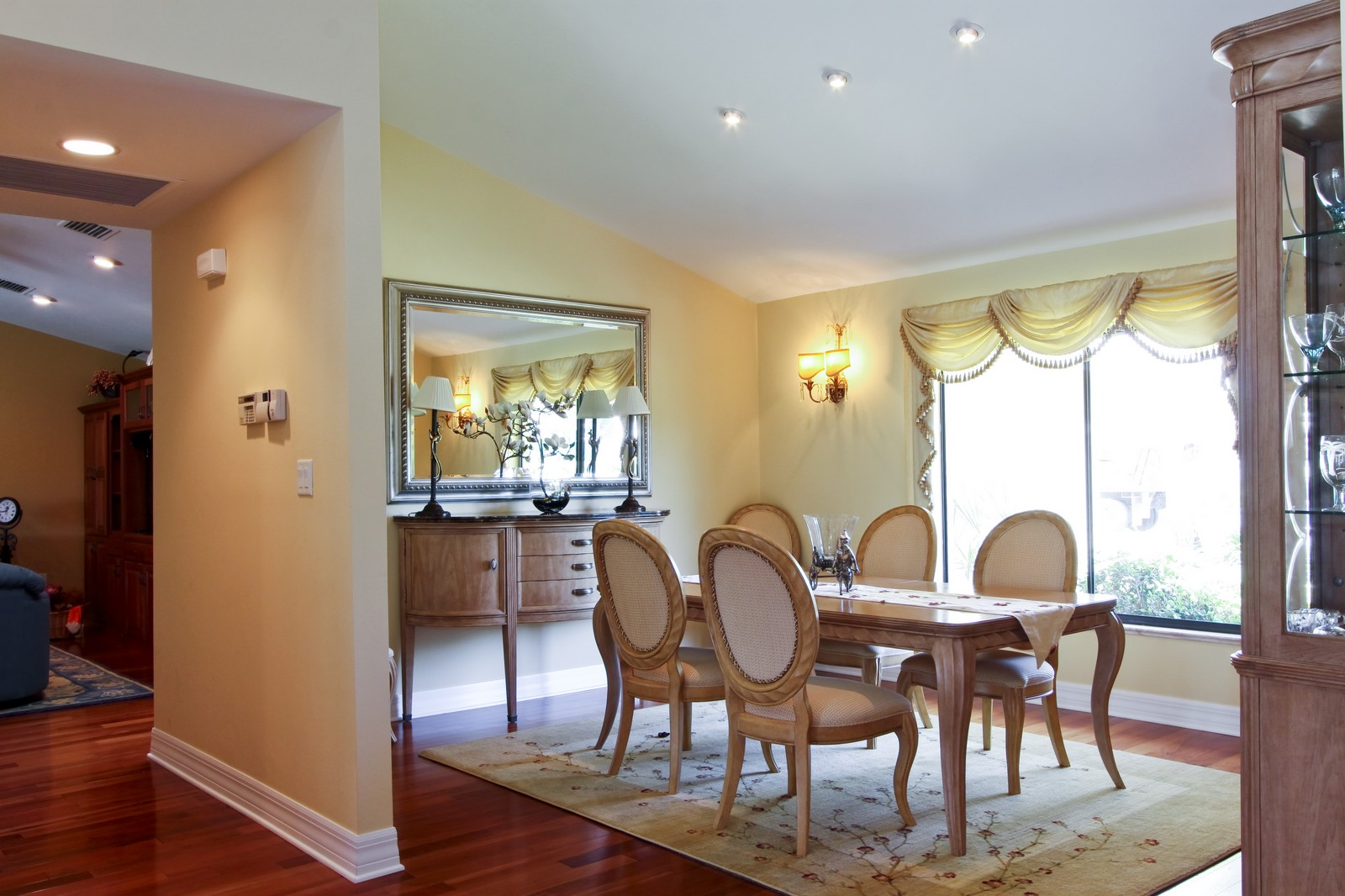 Real Estate Photography - 1986 Imperial GC Blvd, Naples, FL, 34110 - Dining Room