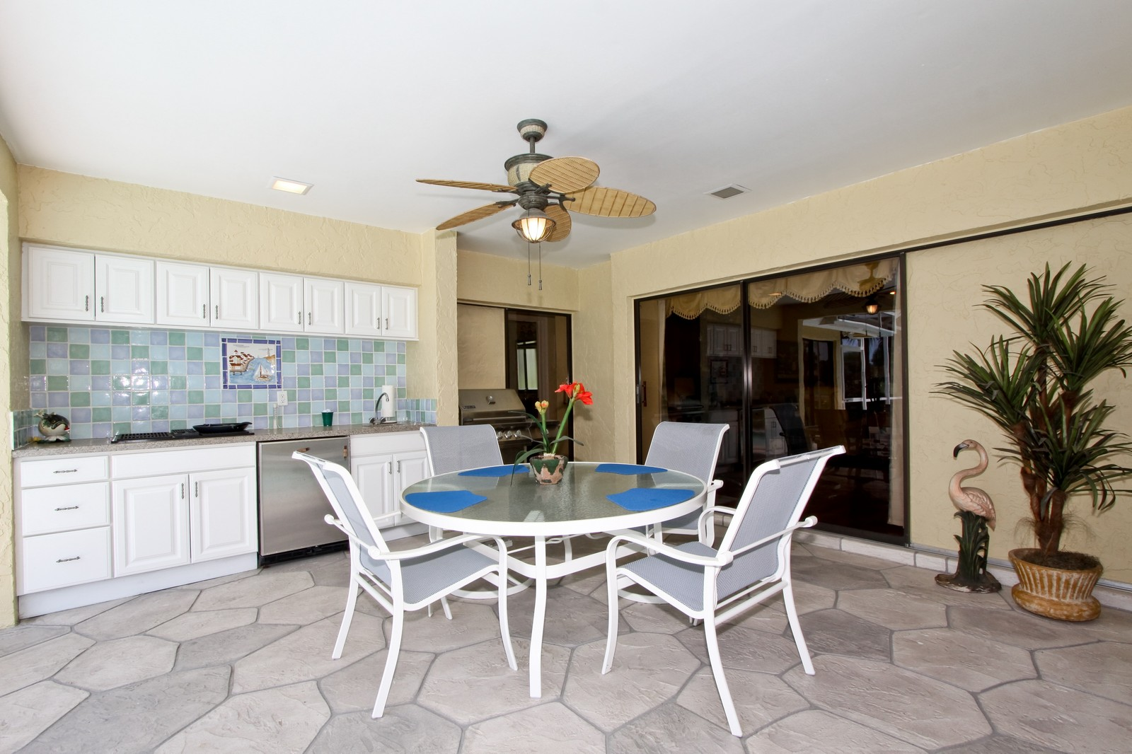 Real Estate Photography - 1986 Imperial GC Blvd, Naples, FL, 34110 - Patio