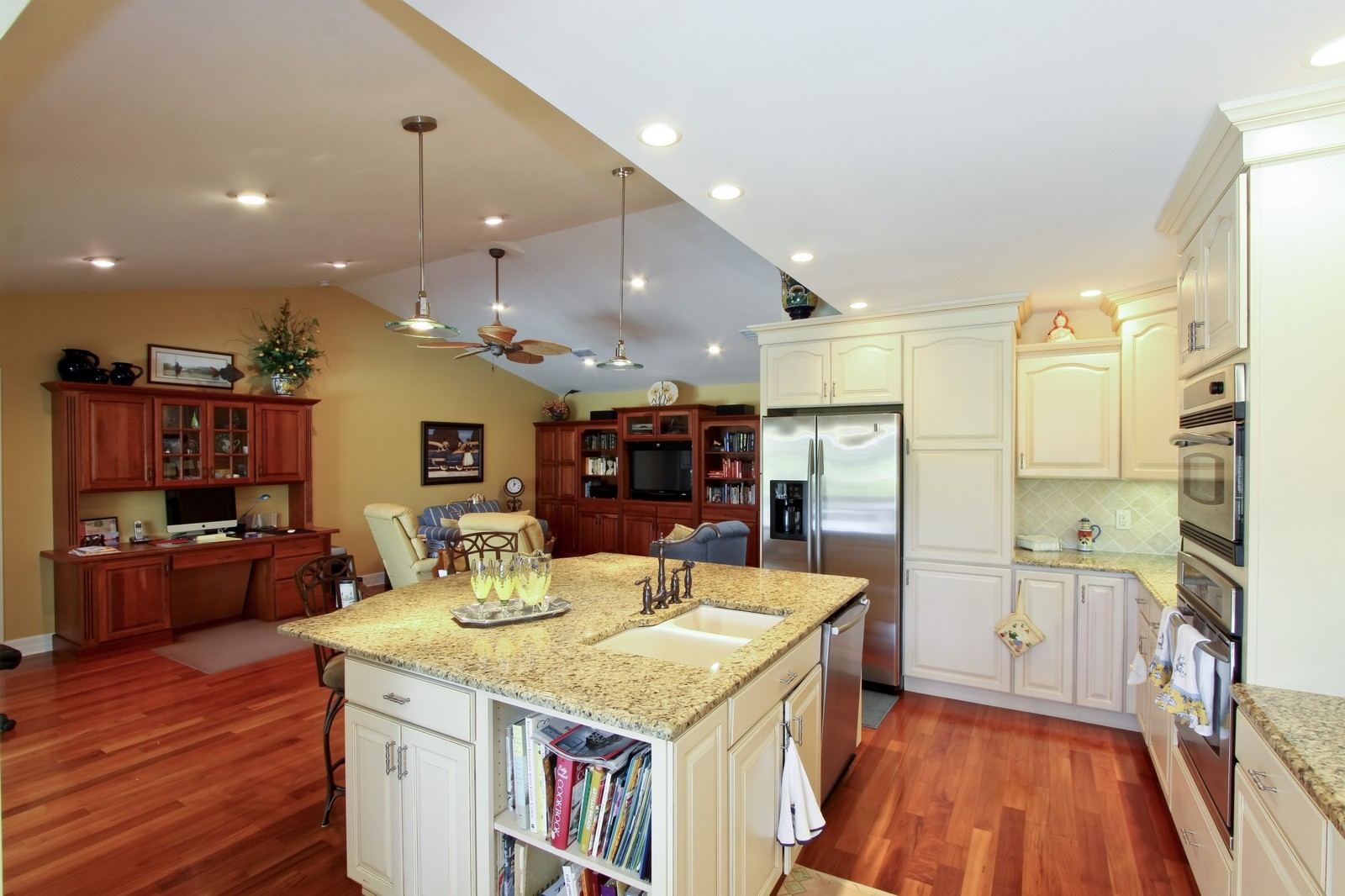 Real Estate Photography - 1986 Imperial GC Blvd, Naples, FL, 34110 - Kitchen / Dining Room