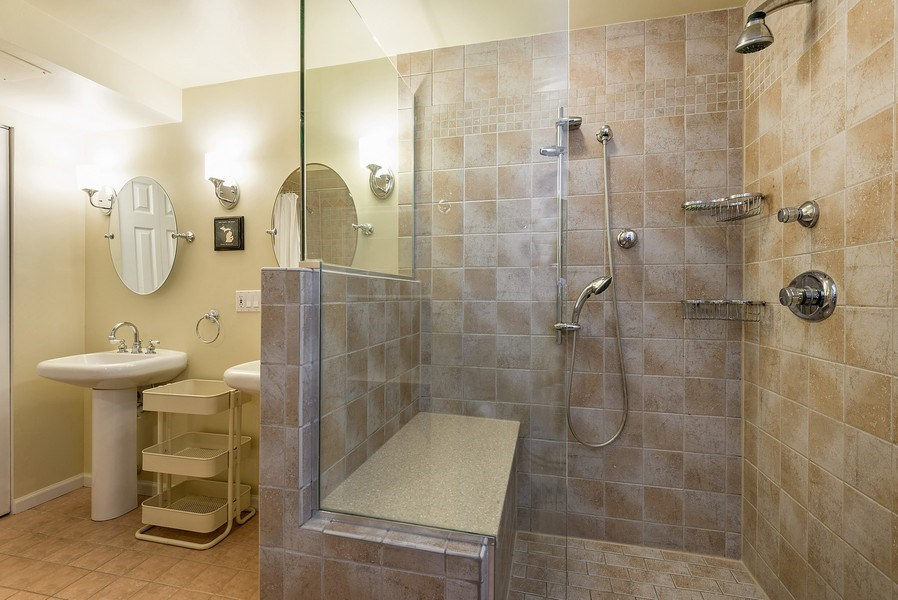 Real Estate Photography - 4822 N Winchester, 1N, Chicago, IL, 60625 - Amazing walk-in shower!