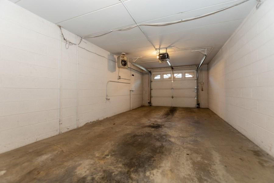 Real Estate Photography - 10213 S Komensky Ave, APT 1G, OAK LAWN, IL, 60453 - Garage