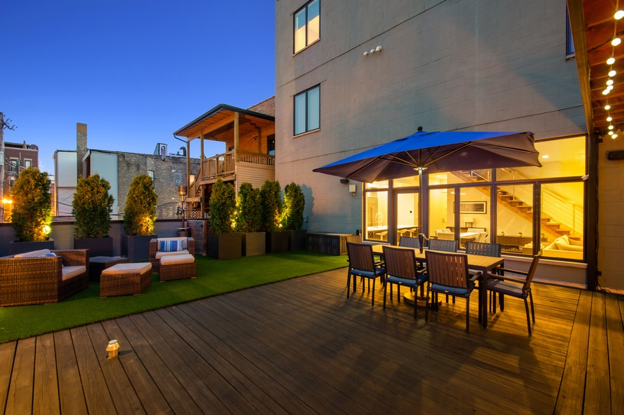 Real Estate Photography - 1113 N Ashland Ave, Unit 3, Chicago, IL, 60622 - Deck at dusk