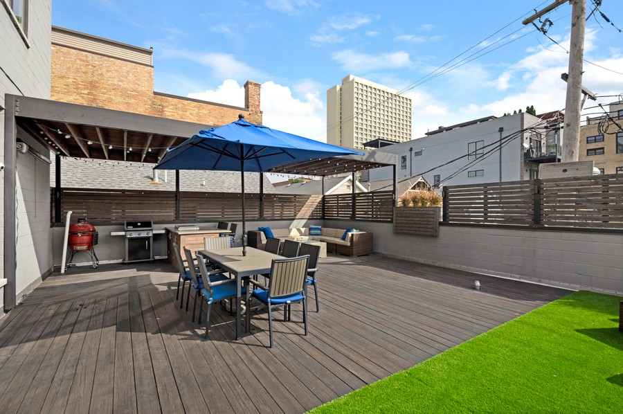 Real Estate Photography - 1113 N Ashland Ave, Unit 3, Chicago, IL, 60622 - Deck in morning light