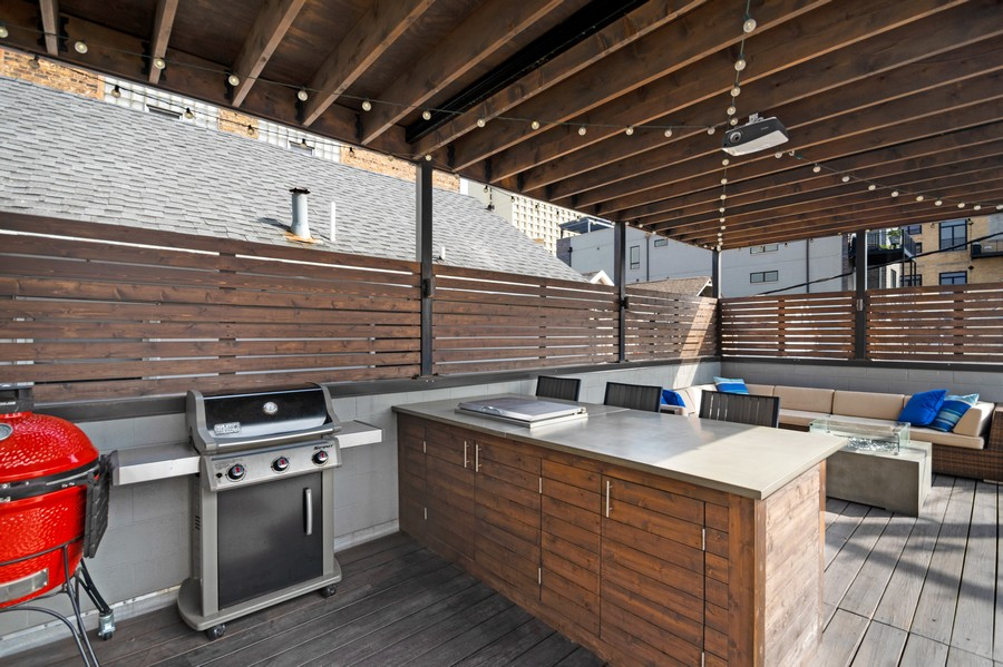 Real Estate Photography - 1113 N Ashland Ave, Unit 3, Chicago, IL, 60622 - Built-in dry bar, storage and griddle