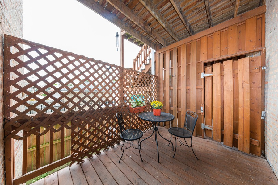 Real Estate Photography - 3822 W. Altgeld #1, Chicago, IL, 60647 - Deck