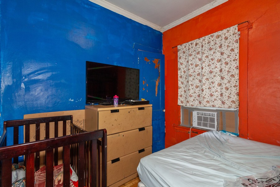 Real Estate Photography - 4718 W Belle Plaine, Chicago, IL, 60641 - Bedroom
