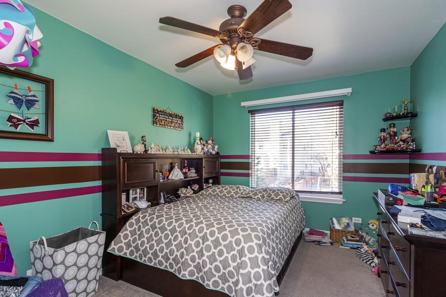 Real Estate Photography - 2021 Lyndhurst, Aurora, IL, 60503 - Bedroom